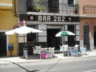 Bar 262
