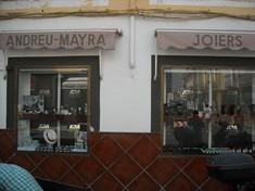 Andreu y Mayra Joiers