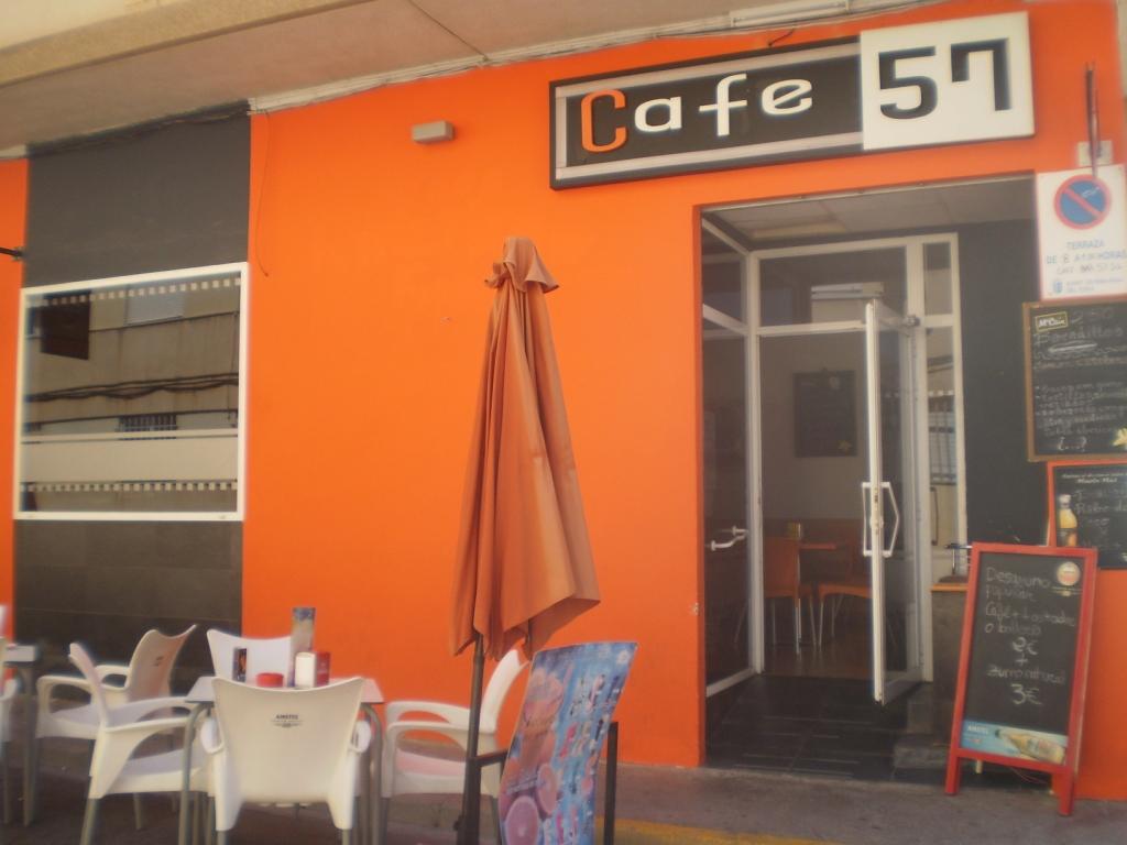 CAFÉ 57
